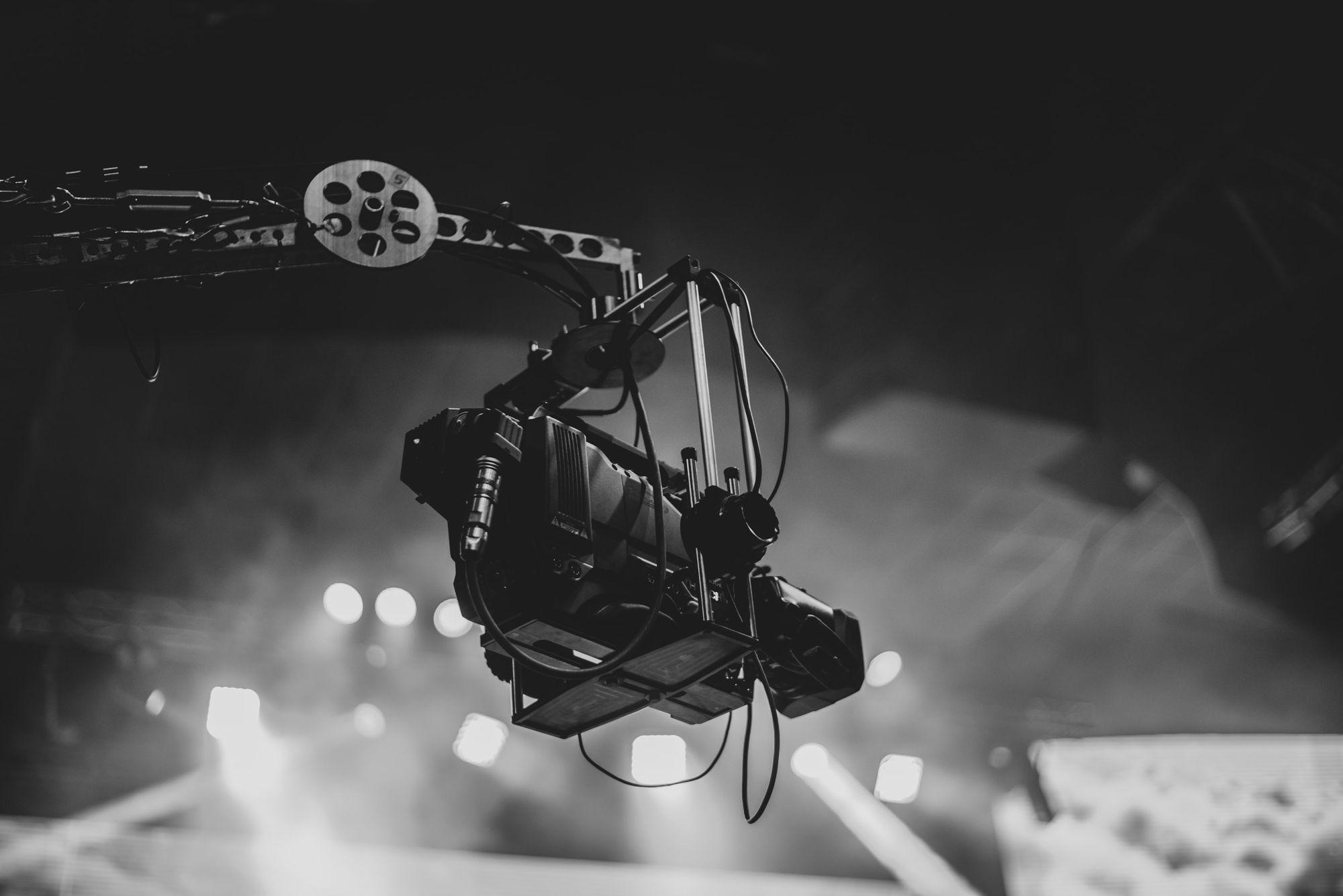 camera-filming-scene-in-studio