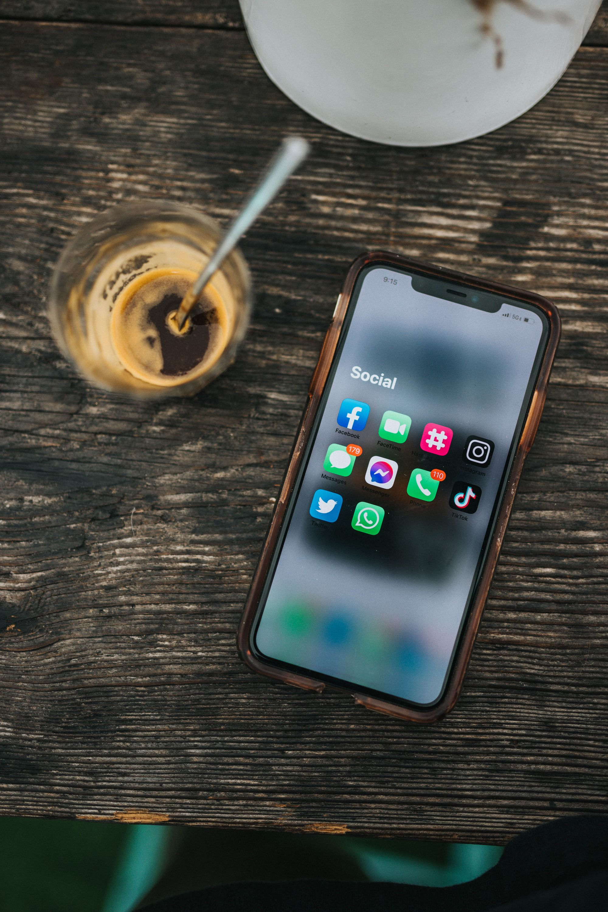 social-media-apps-on-iphone