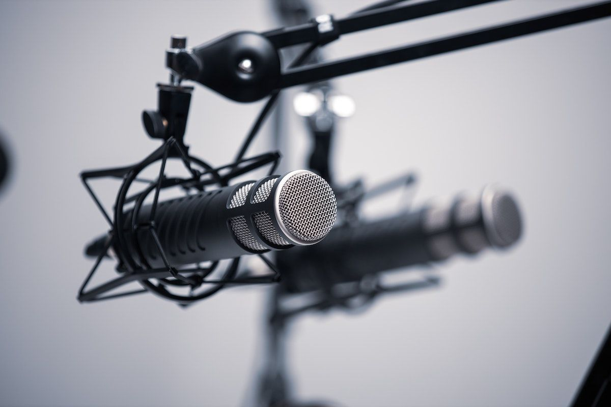 Find proper microphones for your videography purposes